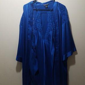 VS robe set